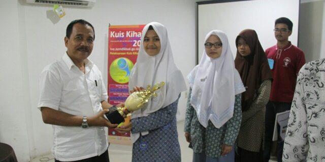 Pelajar FBS Raih Juara Kuis Ki Hajar