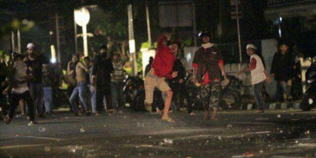 LBH Jakarta Dikepung, #Darurat Demokrasi Trending Topic Twitter