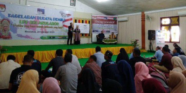 KIP Aceh Barat Beri Pendidikan Politik Bagi Mahasiswa STAIN