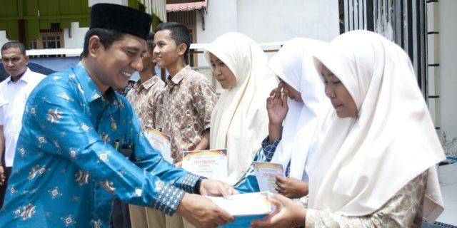 Kontingen Porseni Aceh Barat Dapat Bonus