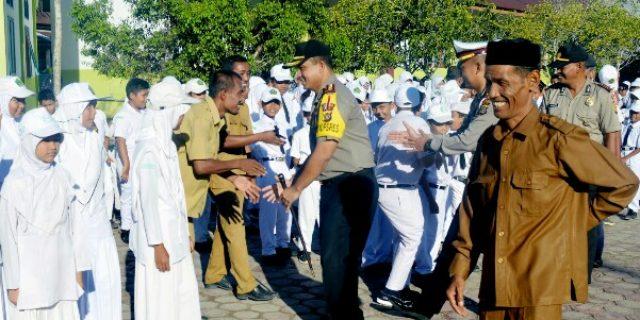 Kapolres Aceh Barat Sosialisasi Bahaya Narkoba di MIN 8 Aceh Barat