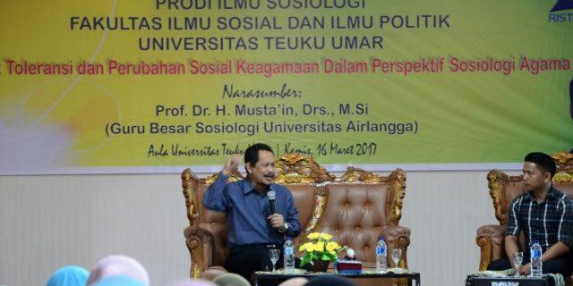 Guru Besar Sosiologi UNAIR Kuliah Umum di UTU