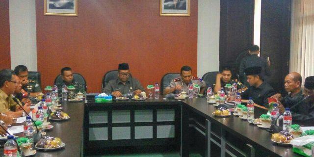 Pemkab Aceh Barat Bahas Pembangunan dan Masalah Syariat