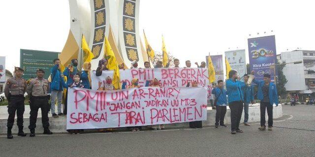 PMII Banda Aceh Tolak Revisi UU MD3