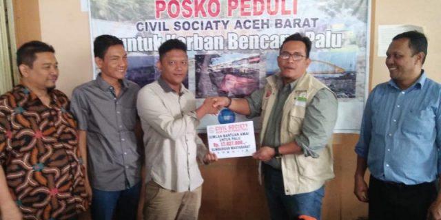 Elemen Sipil Aceh Barat Serahkan Rp 17 Juta untuk Palu