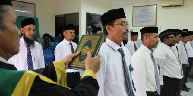 Kemenag Aceh Barat Lantik Dua Belas Kepala KUA