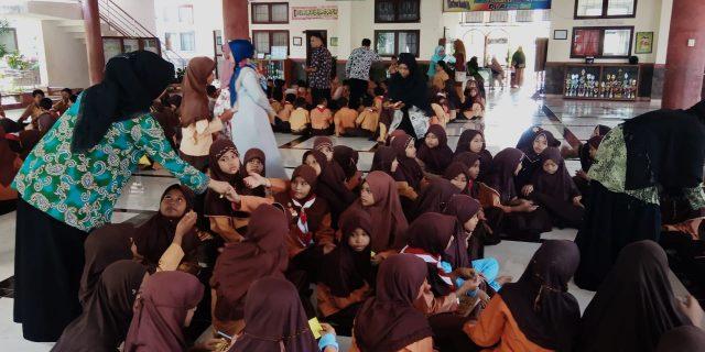 Alumni LPDP Ajak Siswa di Aceh Barat Berani Bercita-cita Tinggi
