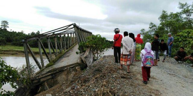 Jembatan Ulee Raket Ambruk, Transportasi Kaway-Pante Lumpuh