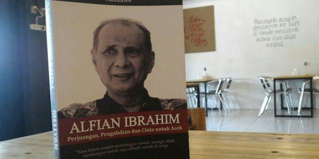 FEB Unsyiah Luncurkan Biografi Alfian Ibrahim