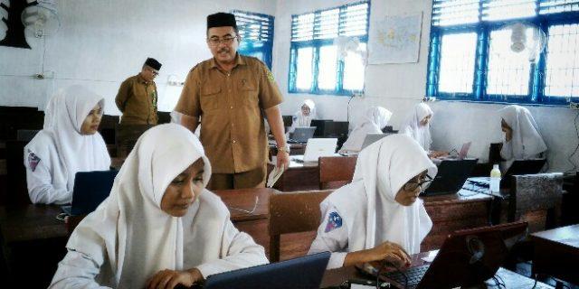 Madrasah di Aceh Barat Simulasi UNBK
