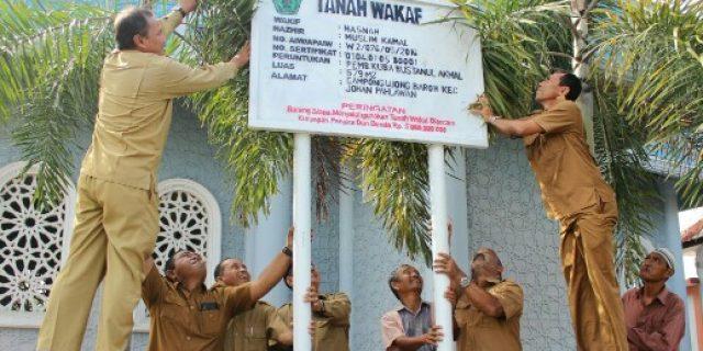 Kemenag Beri Tanda 12 Lokasi Tanah Wakaf di Aceh Barat