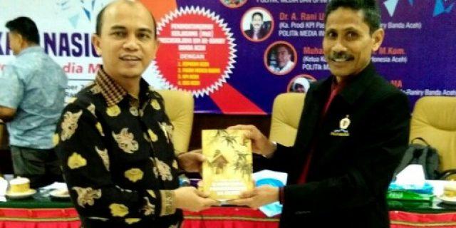A Rani Usman: Media Berperan Bentuk Pendapat Pembaca