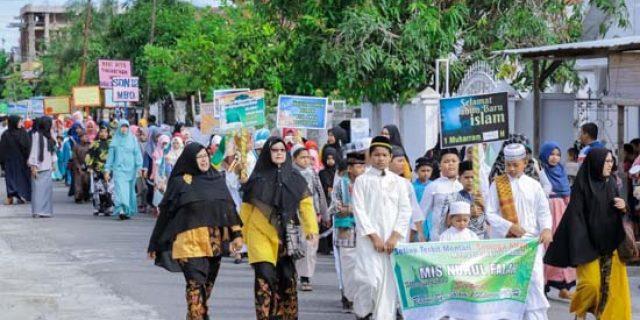 Pelajar di Aceh Barat Meriahkan Pawai 1 Muharram