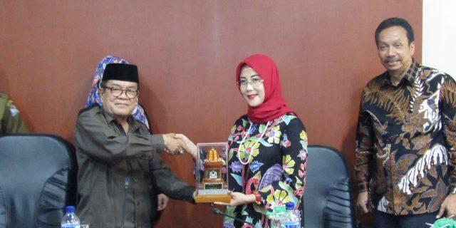 Penuhi Pasokan Rotan Pemerintah Cirebon Gandeng Aceh Barat
