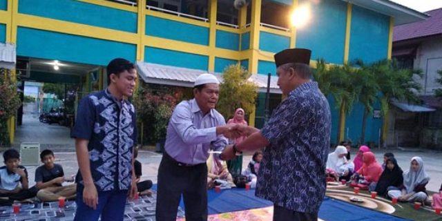 IKA3 Meulaboh Buka Puasa Bersama dan Santuni Guru