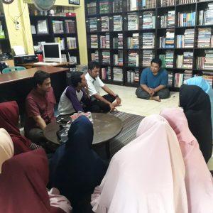 1. Pendidi RUMAN Aceh Ahmad Arif memberi penjelasan 1