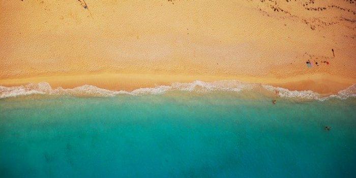 beach 832346 640