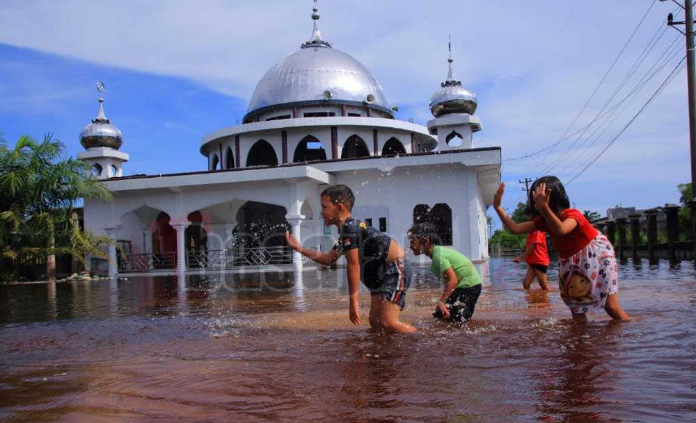 foto banjir aceh barat
