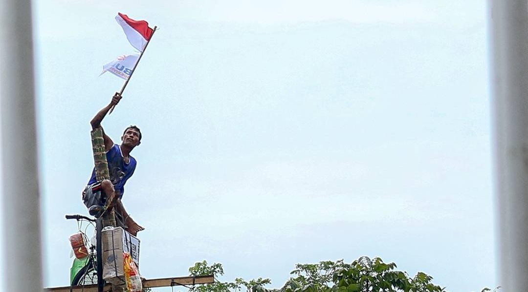 rayakan kemerdekaan