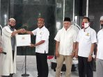 MKI Aceh Bagikan 3.000 Masker untuk Jamaah Masjid