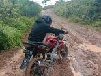 Jalan Woyla Timur